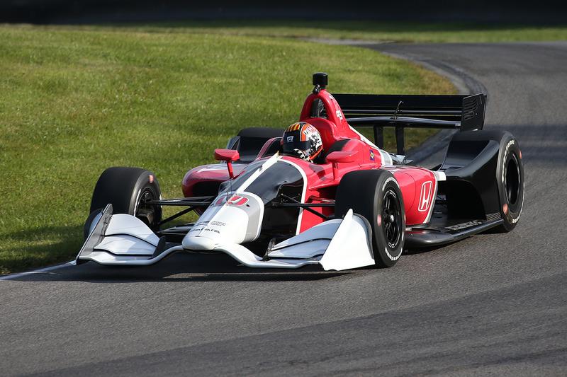 Оріол Сервія випробовує машину 2018 року з двигуном Honda