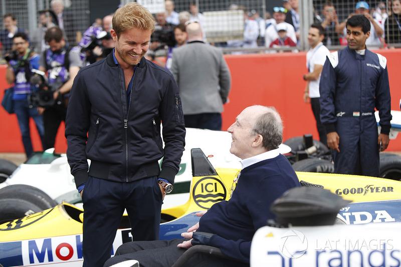 Nico Rosberg spricht mit Sir Frank Williams