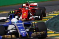 Antonio Giovinazzi, Sauber C36, leads Kimi Raikkonen, Ferrari SF70H