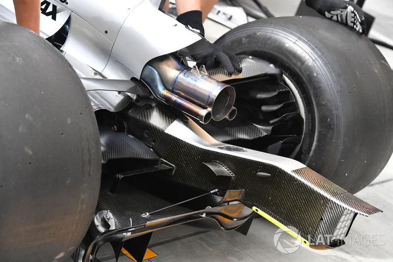 Вихлип Mercedes-Benz F1 W08 Hybrid
