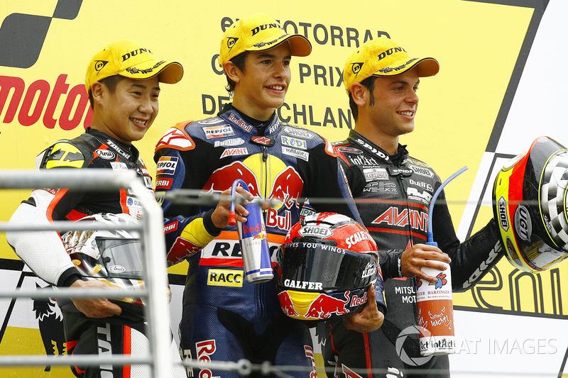 Podium : 1er Marc Márquez, 2e Tomoyoshi Koyama, 3e Sandro Cortese