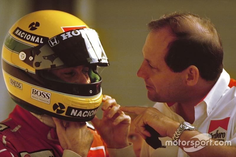 Senna, líder de McLaren