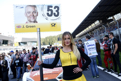 Gridgirl für Jamie Green, Audi Sport Team Rosberg, Audi RS 5 DTM