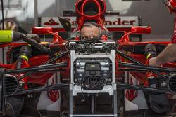 Передняя подвеска и шасси Ferrari SF70H