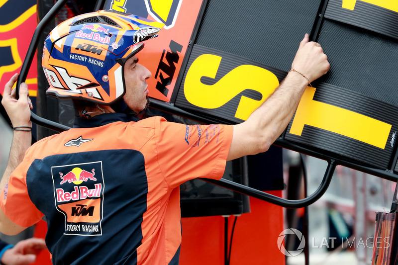 Team members of Red Bull KTM Factory Racing