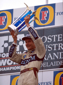 Podium: winner Thierry Boutsen, Williams