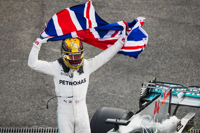6. 2017 World Champion Lewis Hamilton, Mercedes AMG F1