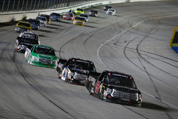 Brett Moffitt, Hattori Racing Enterprises, Toyota Tundra leads a pack