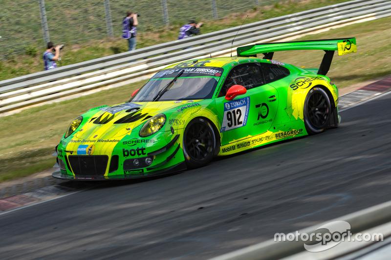 1. #912 Manthey Racing Porsche 911 GT3 R: Richard Lietz, Patrick Pilet, Frédéric Makowiecki, Nick Tandy