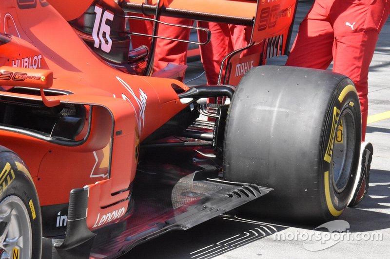 Ferrari SF90 detalle trasero