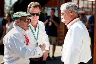 Sir Jackie Stewart y Chase Carey, Chairman, Formula 1