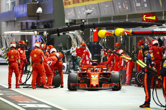Kimi Raikkonen, Ferrari SF71H, leaves his pit box after a stop