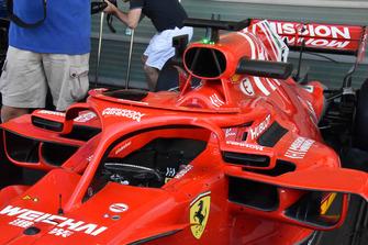 Vue détaillée du cockpit de la Ferrari SF71H