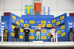 Podium: Race winner Mehdi Bennani, Sébastien Loeb Racing, Citroën C-Elysée WTCC; second place Thed B