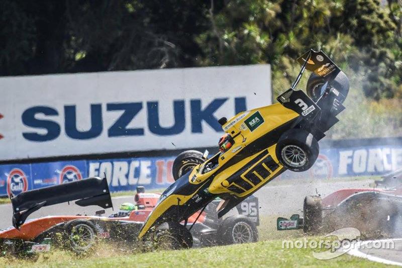 1. Crash von Brendon Leitch