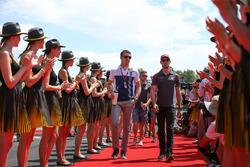 Paul di Resta, Williams and Romain Grosjean, Haas F1
