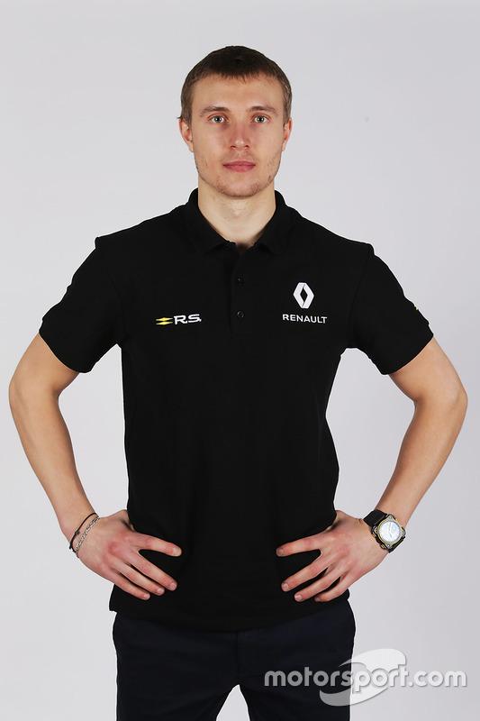 سيرجي سيروتكين، السائق الثالث لفريق رينو