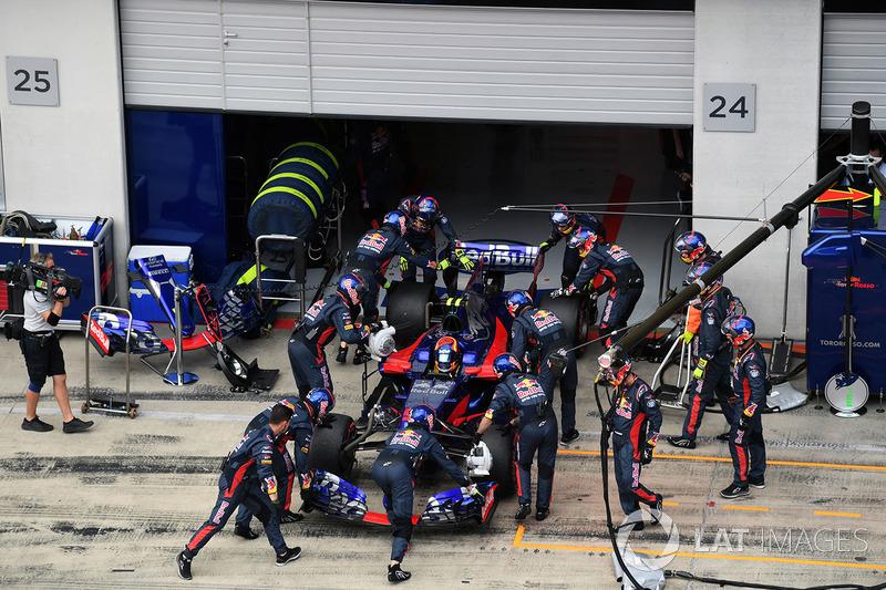 17. Карлос Сайнс., Scuderia Toro Rosso STR12