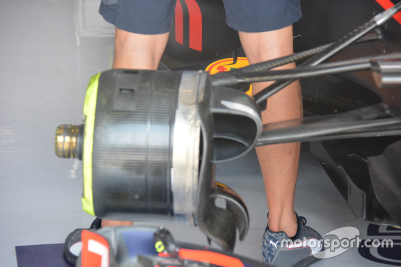 Red Bull RB12: Vorderradbremse, Daniel Ricciardo