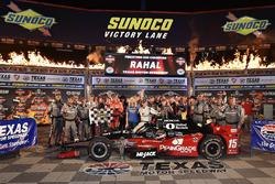 Ganador de la carrera Graham Rahal, Rahal Letterman Lanigan Racing Honda