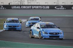 MAC 3, Thed Björk, Polestar Cyan Racing, Volvo S60 Polestar TC1 leads