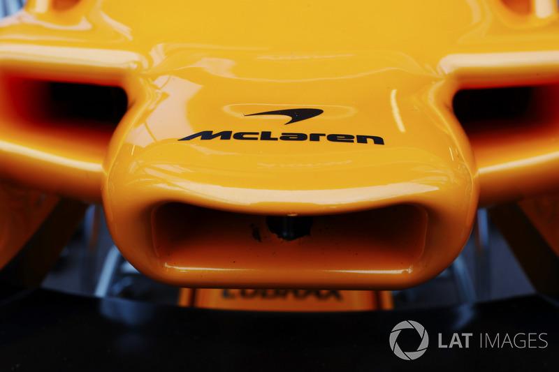 Detail hidung McLaren