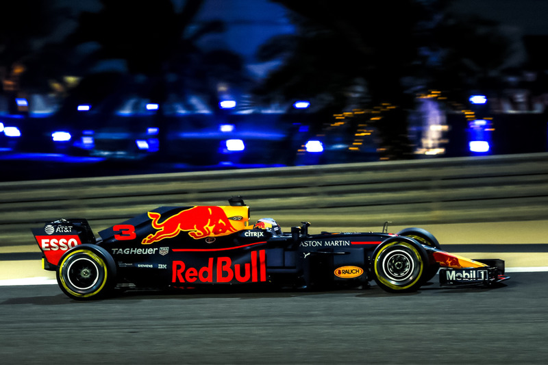 Red Bull RB14 sem o Halo