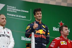 Победитель Даниэль Риккардо, Red Bull Racing, второе место – Валттери Боттас, Mercedes AMG F1, третье место – Кими Райкконен, Ferrari