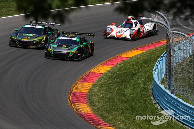 #44 Magnus Racing Audi R8 LMS GT3, GTD: John Potter, Andy Lally, Andrew Davis. #36 CJ Wilson Racing Acura NSX GT3, GTD: Marc Miller, Till Bechtolsheimer
