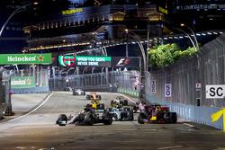 Lewis Hamilton, Mercedes AMG F1 W08, Daniel Ricciardo, Red Bull Racing RB13, Valtteri Bottas, Mercedes AMG F1 W08, Carlos Sainz Jr., Scuderia Toro Rosso STR12, Nico Hulkenberg, Renault Sport F1 Team RS17., Sergio Perez, Sahara Force India F1 VJM10, Jolyon Palmer, Renault Sport F1 Team RS17