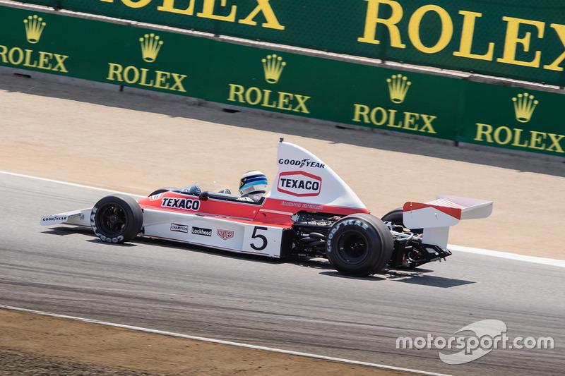 Mika Häkkinen in een klassieke McLaren