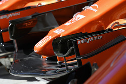 #BillyWhizz on McLaren MCL32 front wing