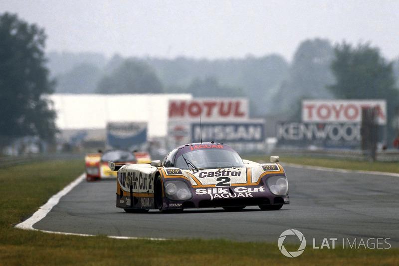 Jaguar XJR-9 LM, 1988 год: Ян Ламмерс, Джонни Дамфрис и Энди Уоллес