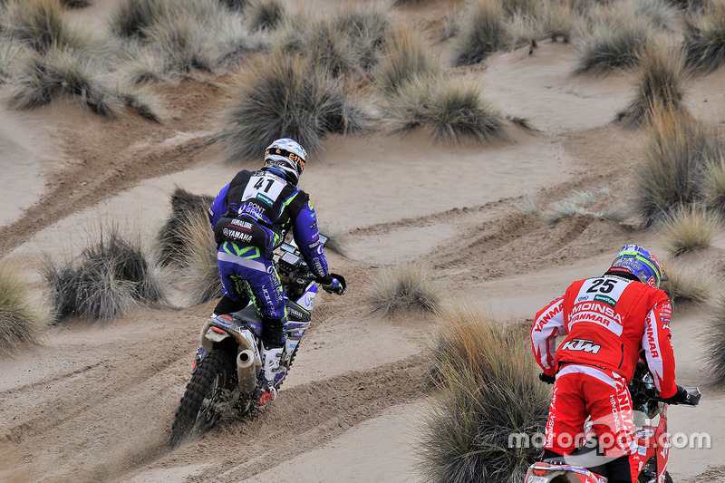 #41 Yamaha: Marc Sola Tarradellas; #25 Himoinsa Racing Team, KTM: Ivan Cervantes