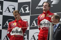 Podium: race winner Michael Schumacher, Ferrari, second place Rubens Barrichello, Ferrari