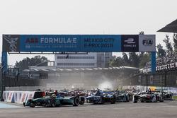 Oliver Turvey, NIO Formula E Team, au départ