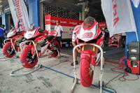 Motor Rheza Danica, Awhin Sanjaya dan Mario Suryo Aji, Astra Honda Racing Team