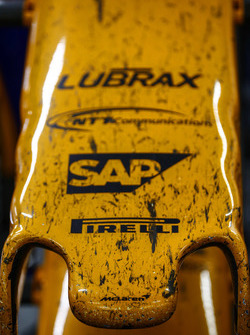 The nose of the McLaren MCL33 Renault after the race
