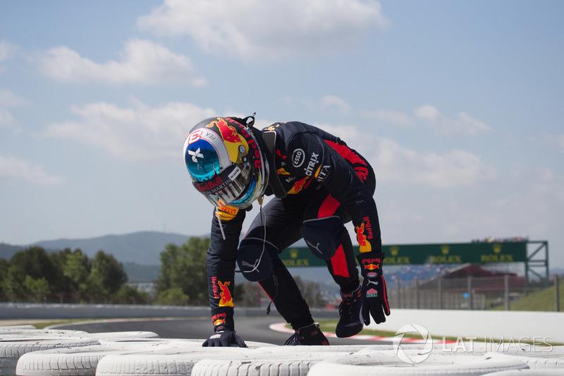Daniel Ricciardo, Red Bull Racing, dopo l'incidente nelle FP1
