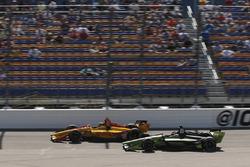Ryan Hunter-Reay, Andretti Autosport Honda, Charlie Kimball, Carlin Chevrolet