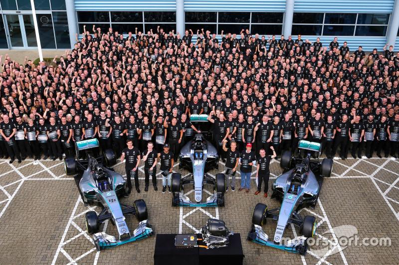 Celebración tripe campeonato Mercedes AMG