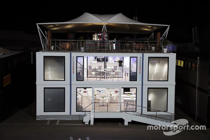 Williams motorhome at night