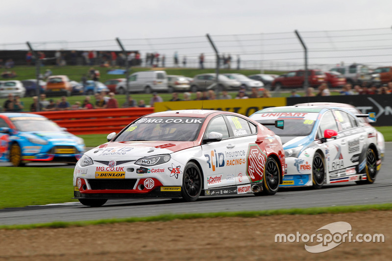 #116 Ashley Sutton, MG Racing RCIB Insurance, MG6GT
