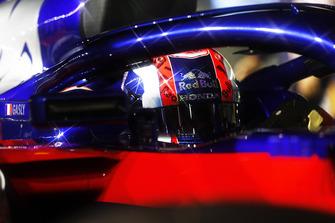 Pierre Gasly, Toro Rosso, in cockpit