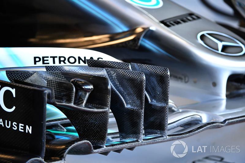 Mercedes AMG F1 W09 detalle del ala frontal