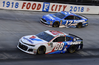 Alex Bowman, Hendrick Motorsports, Chevrolet Camaro Valvoline and Ricky Stenhouse Jr., Roush Fenway Racing, Ford Fusion Fastenal
