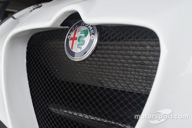 Alfa Romeo Giulietta TCR, dettaglio del logo Alfa Romeo