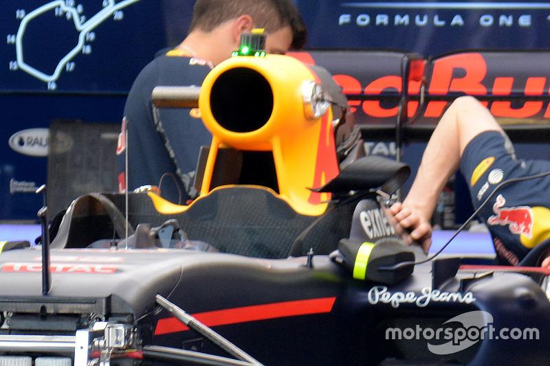 Red Bull Racing в гаражі
