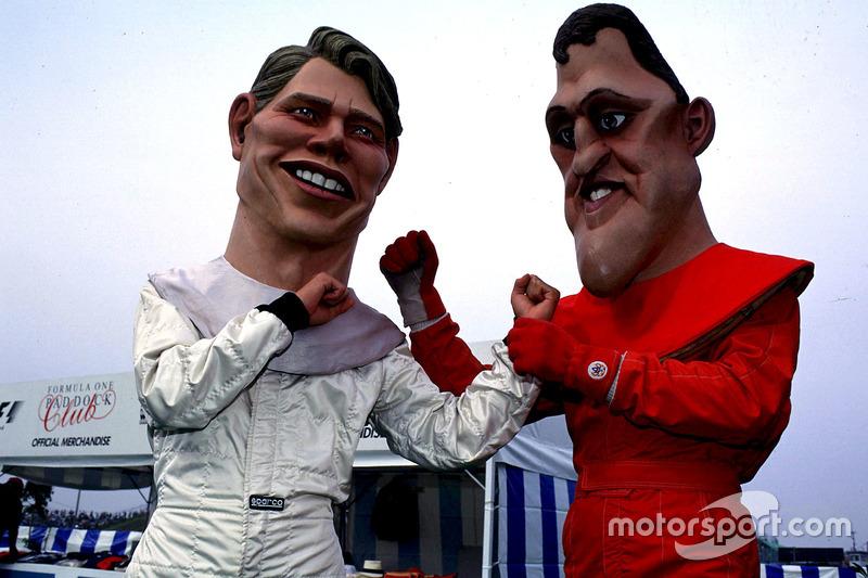 Mika Hakkinen, McLaren y Mika Hakkinen muñecos