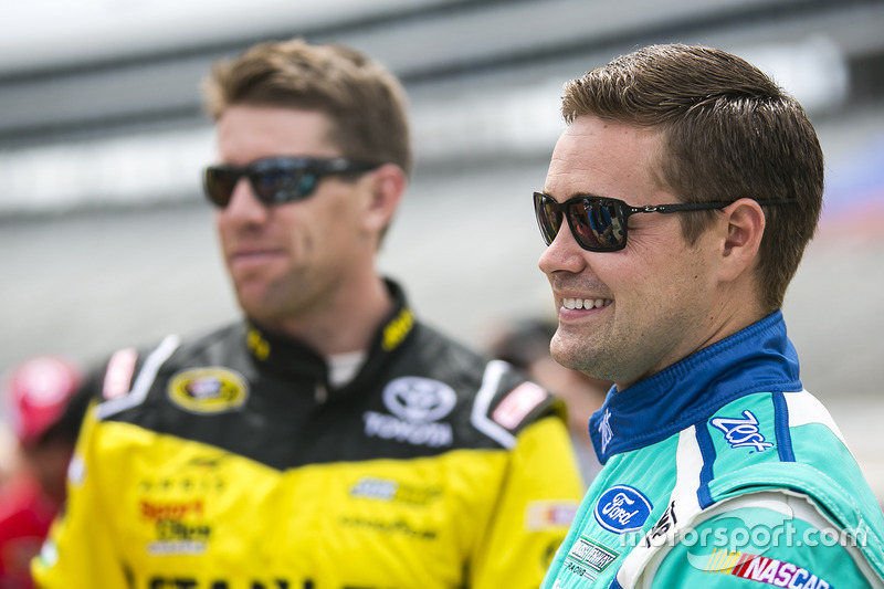 Ricky Stenhouse Jr., Roush Fenway Racing Ford, Carl Edwards, Joe Gibbs Racing Toyota